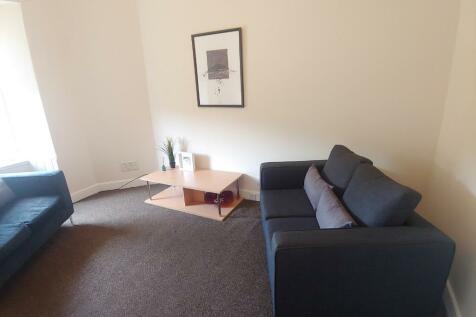 Union Street, Stirling Town, Stirling, FK8. 3 bedroom flat