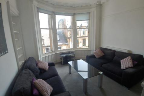 Barnton Street, Stirling Town, Stirling, FK8. 2 bedroom flat
