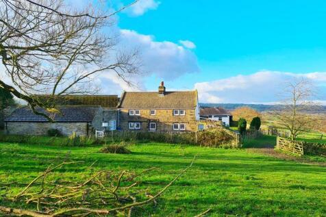 Halifax Road, Penistone. 3 bedroom farm house for sale