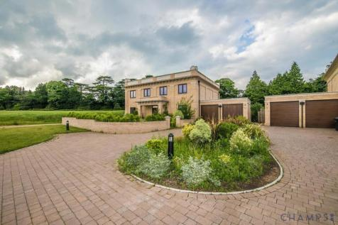 Duchess Crescent, The Common, Stanmore, HA7. 5 bedroom detached house for sale