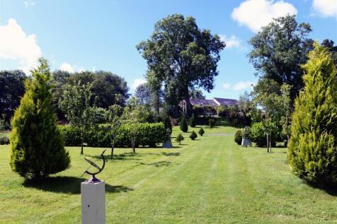 Glynarthen. Land for sale