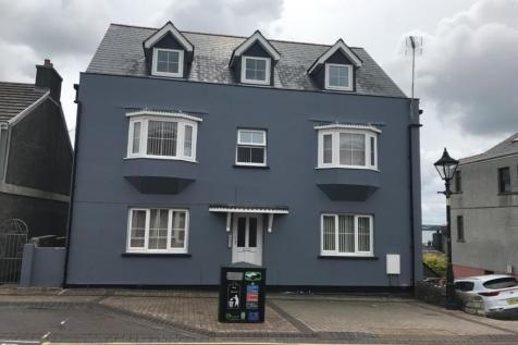 Flat 5 Liberal House Charles Street Milford Haven Pembrokeshire. 1 bedroom flat