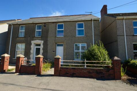 Lando Road, Pembrey, Burry Port. 3 bedroom semi-detached house for sale
