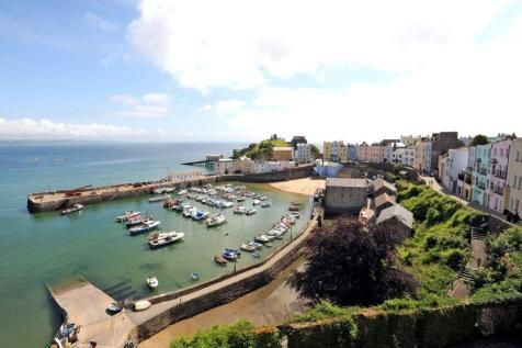 Harbour Heights, Crackwell Street, Tenby. 5 bedroom town house for sale