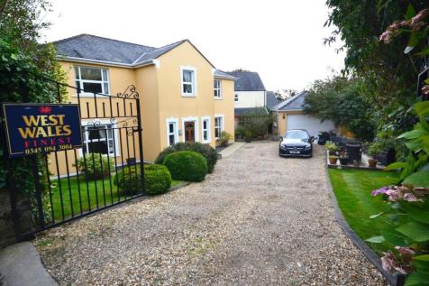 Old Narberth Road, Tenby. 5 bedroom detached house for sale