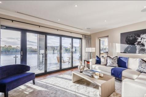 Palace Wharf, London W6. 3 bedroom town house for sale