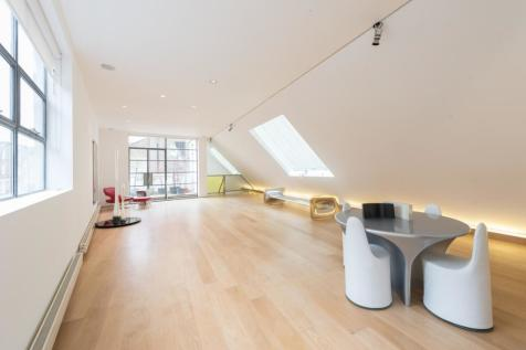 Powis Mews. 3 bedroom house for sale