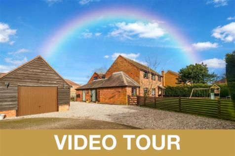 The Slough, Studley. 4 bedroom detached house