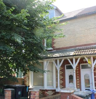 Broxholme Lane, Doncaster, South Yorkshire, DN1. 5 bedroom end of terrace house for sale