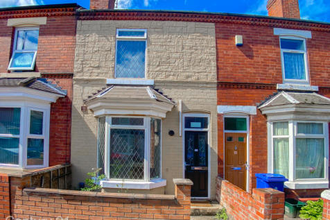 Stanhope Road, Doncaster, South Yorkshire, DN1. 5 bedroom terraced house for sale