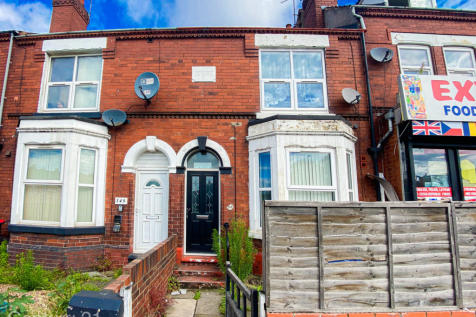 Carr House Road, Doncaster, South Yorkshire, DN1. 5 bedroom terraced house