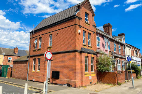 Milbanke Street, Doncaster, South Yorkshire, DN1. 3 bedroom block of apartments