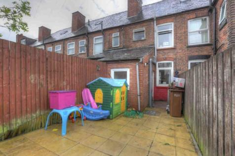 Eryngo Street, Stockport, Cheshire, SK1. 3 bedroom terraced house for sale