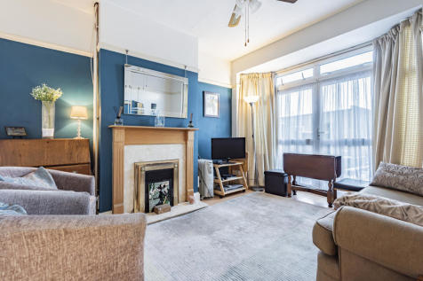Somerset Road, Greater London, UB1. 3 bedroom terraced house for sale