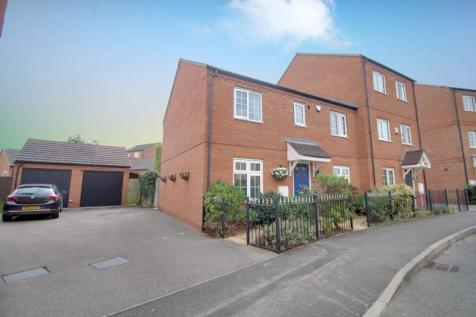 Driffield Way, SUGAR WAY, Peterborough. 4 bedroom semi-detached house