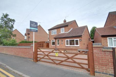 Sandpit Road, THORNEY, Peterborough. 4 bedroom detached house