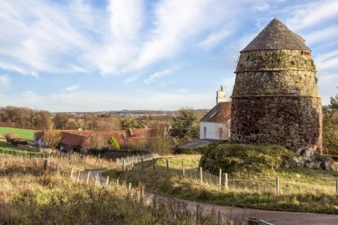 The Byre, 2 Drylaw Hill Steading, East Linton, EH40 3AZ. 5 bedroom villa for sale