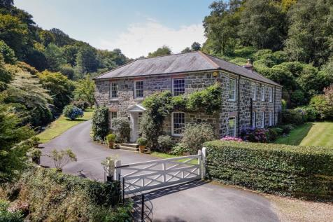 Ponsanooth, nr Falmouth, Cornwall property