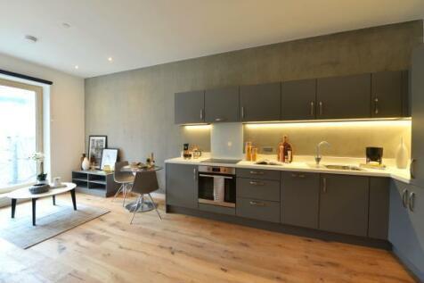 Leonard Coates Way, Stoke-On-Trent, Staffordshire, ST1. 1 bedroom apartment