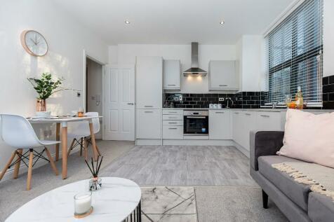 Elland Road, Leeds, West Yorkshire, LS11. 1 bedroom apartment