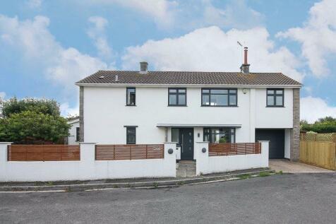 Totterdown Road, Weston-Super-Mare, BS23. 4 bedroom detached house