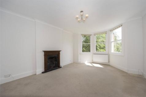 St. Margarets Road, St. Margarets, Middlesex, TW1. 1 bedroom apartment