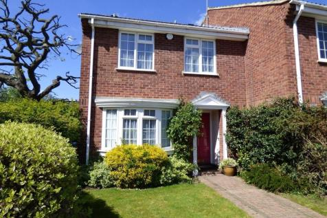Abbottsmede Close, Twickenham, TW1. 4 bedroom house