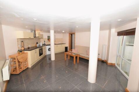 Overgang Road, Brixham. 2 bedroom apartment