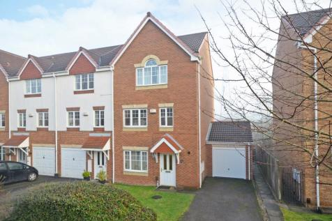 BECKETT DRIVE, OSBALDWICK, YORK, YO19 5RX. 6 bedroom town house