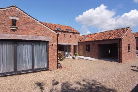 BROWNS MEWS, HESLINGTON, YORK, YO10 5FE. 6 bedroom barn conversion