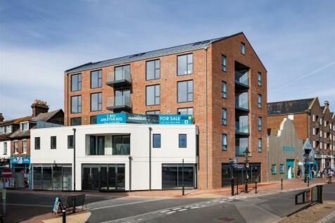 High Street, Poole. 2 bedroom flat