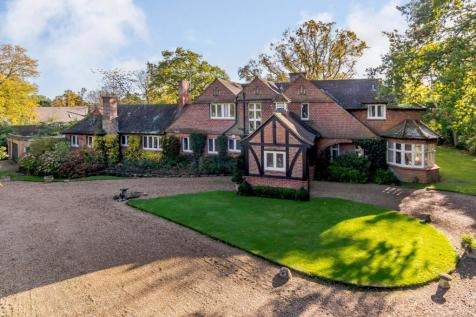 St. Leonards Hill, Windsor, Berkshire. 6 bedroom detached house for sale