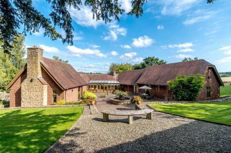 St Julians, Ludford, Ludlow, Shropshire. 4 bedroom bungalow for sale