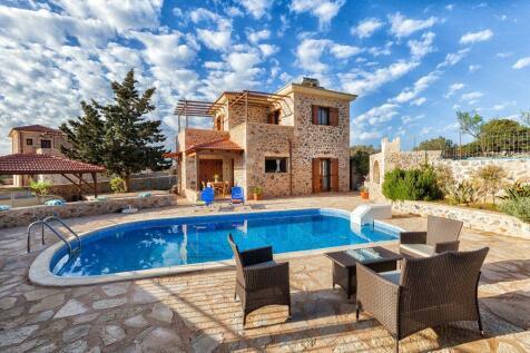 Paleloni, Chania, Crete. 3 bedroom villa for sale