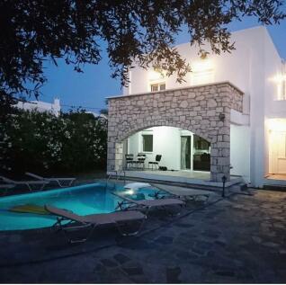 Loutra, Rethymnon, Crete. 3 bedroom villa for sale