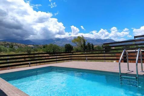 Armeni, Chania, Crete. 2 bedroom villa for sale