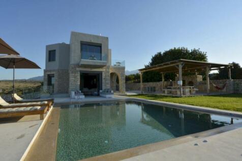Tsivaras, Chania, Crete. 3 bedroom villa for sale