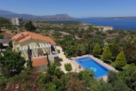 Kokkino Chorio Apokoronas, Chania, Crete. 4 bedroom villa for sale