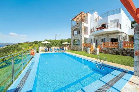 Plaka, Chania, Crete. 4 bedroom villa