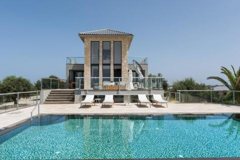 Tersanas, Chania, Crete. 4 bedroom villa for sale