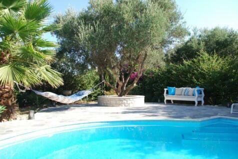 Rethymnon, Rethymnon, Crete. 2 bedroom villa for sale