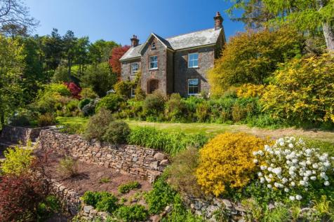 Oare, Exmoor, West Somerset. 5 bedroom house for sale