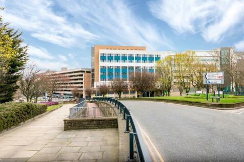 The City Exchange, 61 Hall Ings, Bradford, BD1 5SG. 1 bedroom apartment
