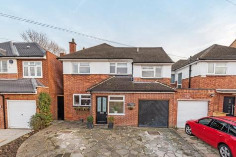 Birchwood Avenue Sidcup DA14. 5 bedroom detached house