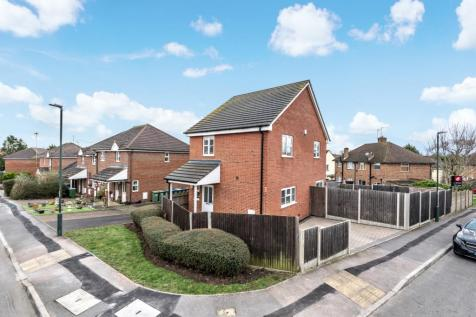 Diana Close Sidcup DA14. 4 bedroom detached house