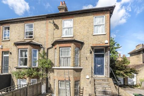 Elm Road Sidcup DA14. 5 bedroom semi-detached house