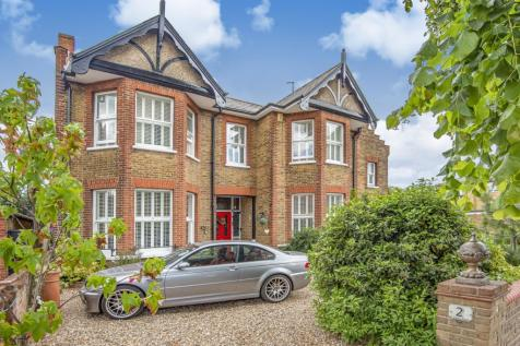 St. Johns Road Sidcup DA14. 7 bedroom detached house