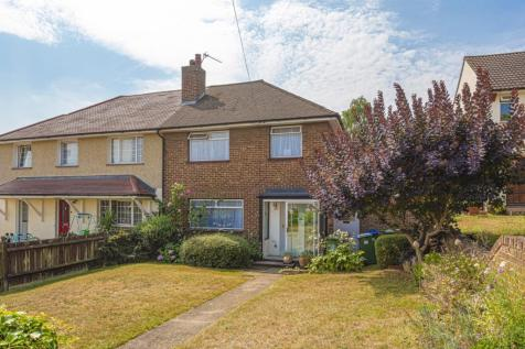 Pembury Crescent Sidcup DA14. 3 bedroom semi-detached house
