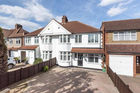 Harland Avenue Sidcup DA15. 4 bedroom semi-detached house