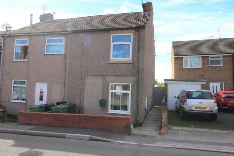 Mill Lane, Codnor, Ripley. 2 bedroom end of terrace house